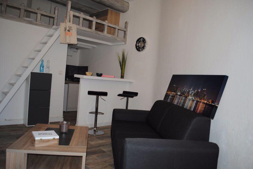 Appartement à louer 1 21.13m2 à Nîmes vignette-2