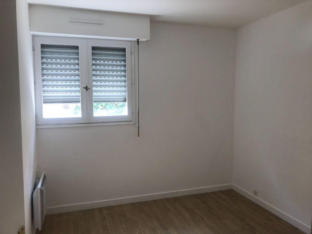 Appartement à louer 3 72m2 à Nîmes vignette-7