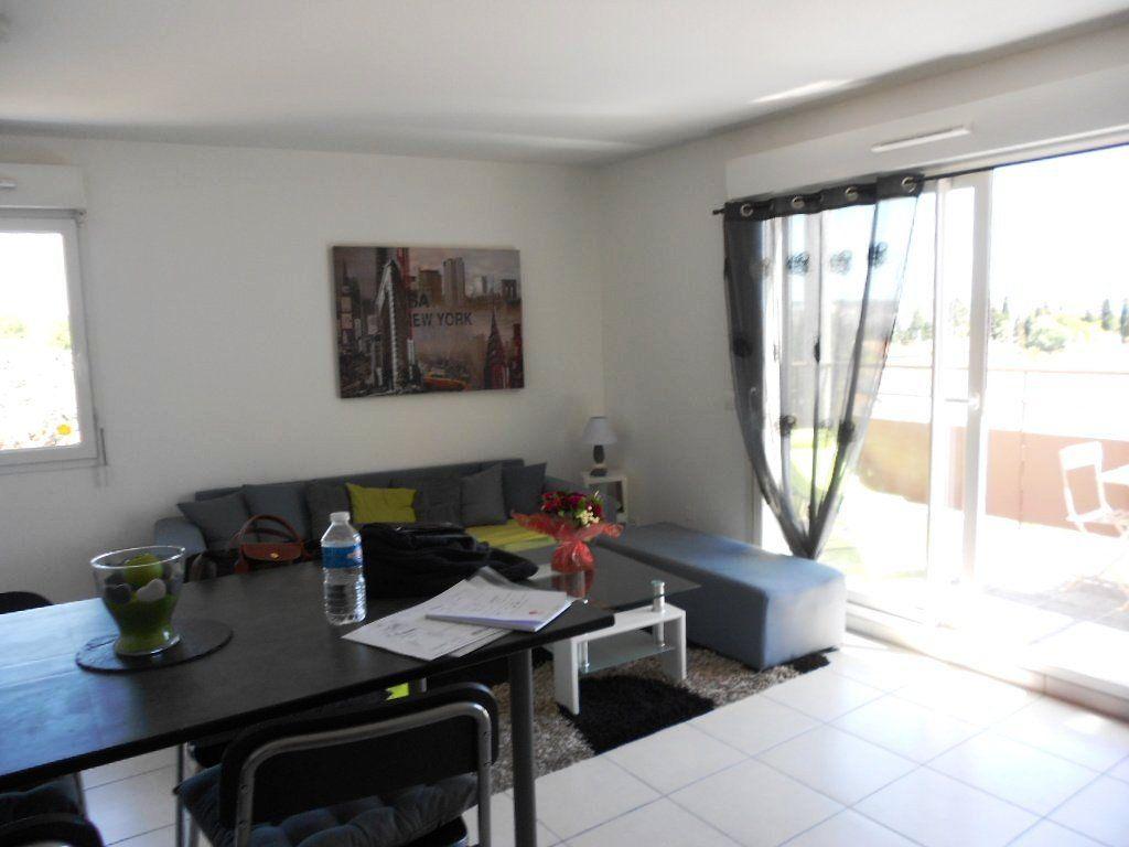Appartement à vendre 2 47m2 à Nîmes vignette-2