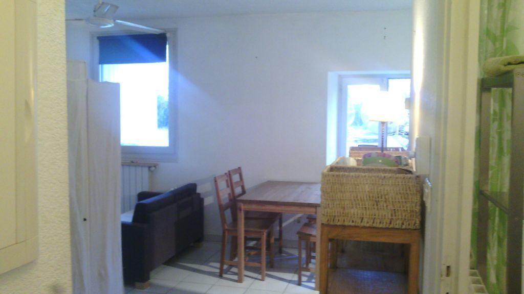 Appartement à louer 1 28.7m2 à Marguerittes vignette-2