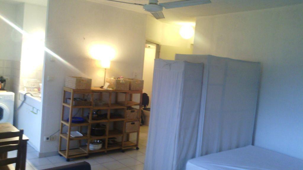 Appartement à louer 1 28.7m2 à Marguerittes vignette-3