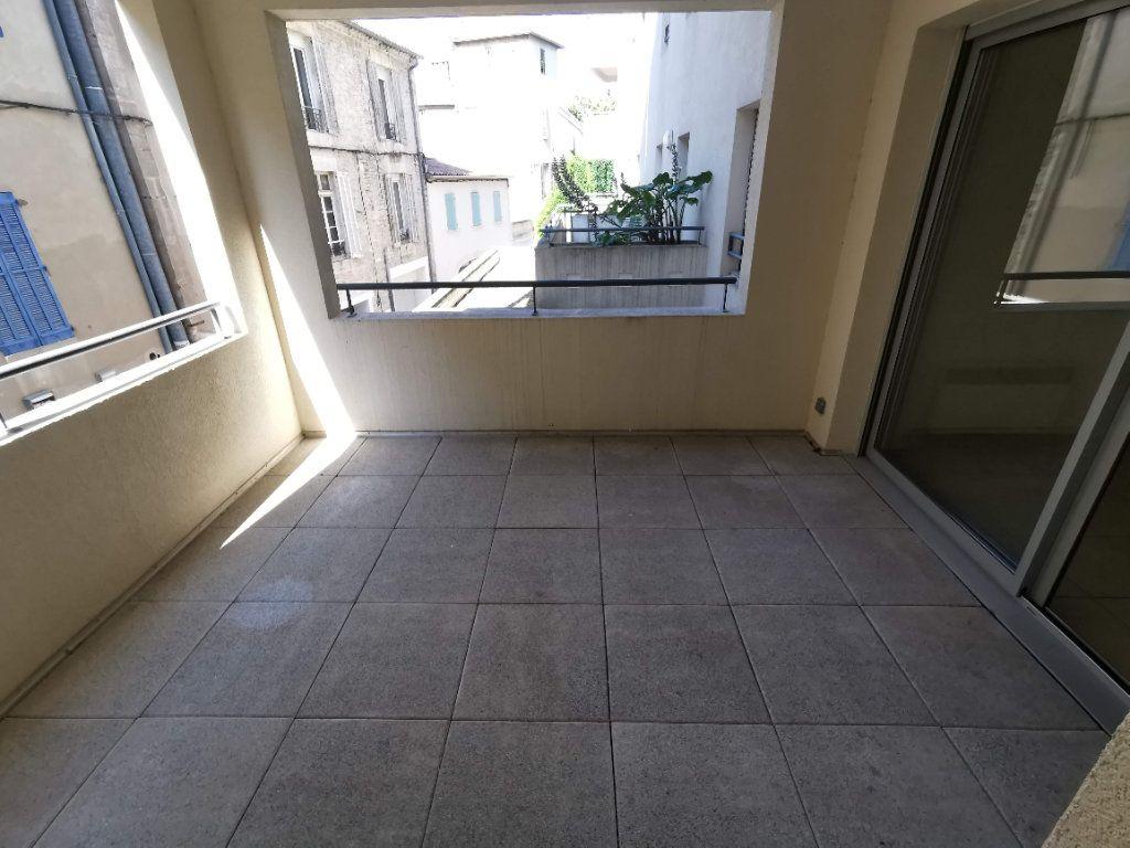 Appartement à vendre 3 63.2m2 à Nîmes vignette-1