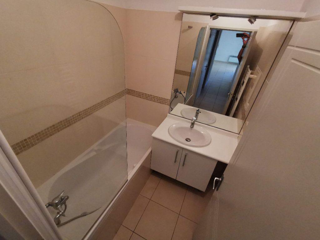 Appartement à vendre 3 63.2m2 à Nîmes vignette-8