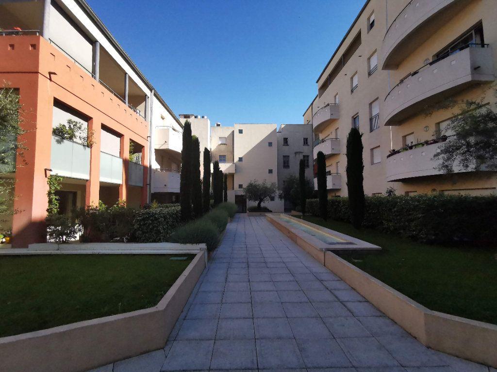 Appartement à vendre 3 63.2m2 à Nîmes vignette-10