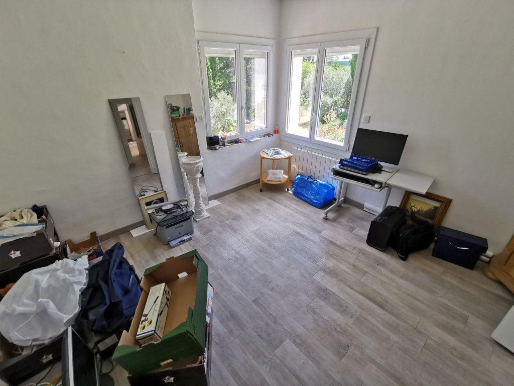 Maison à vendre 7 212m2 à Nîmes vignette-7