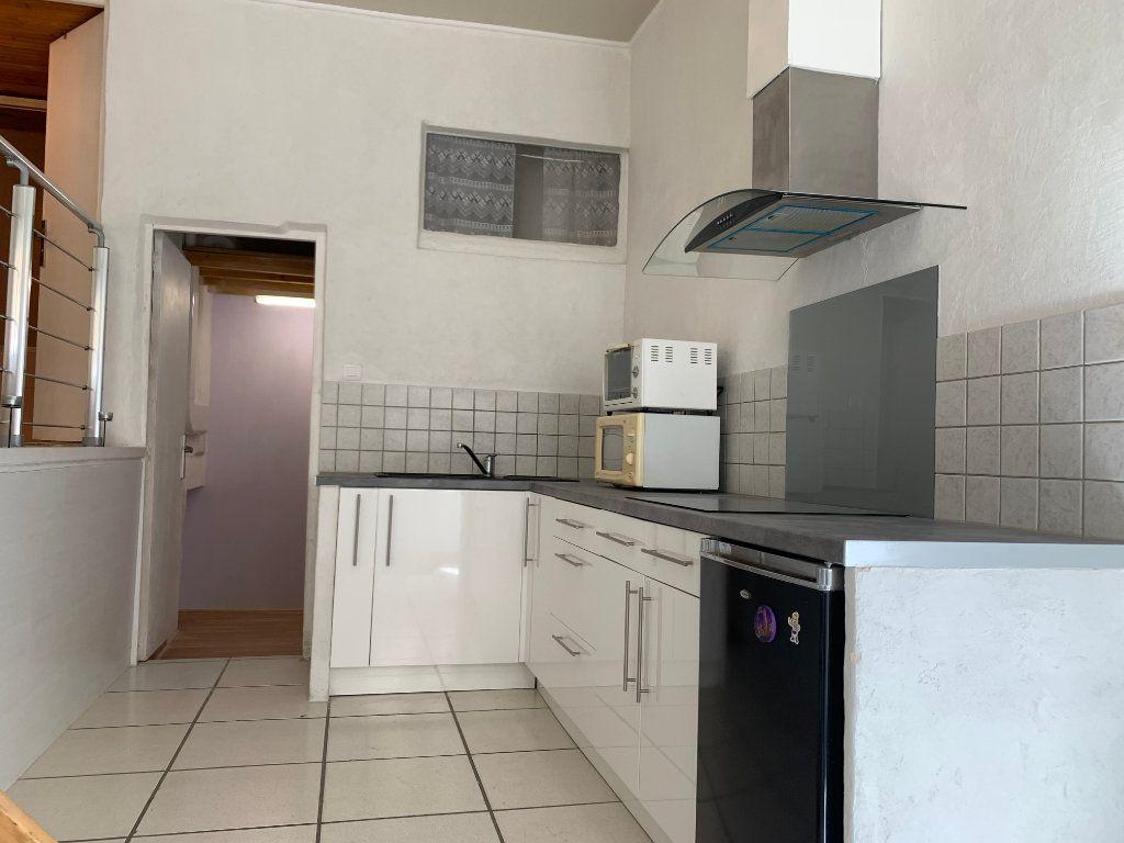 Appartement à louer 1 31.82m2 à Nîmes vignette-1