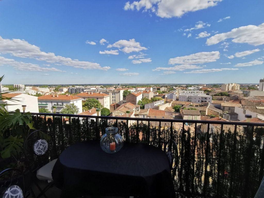 Appartement à vendre 4 68m2 à Nîmes vignette-2