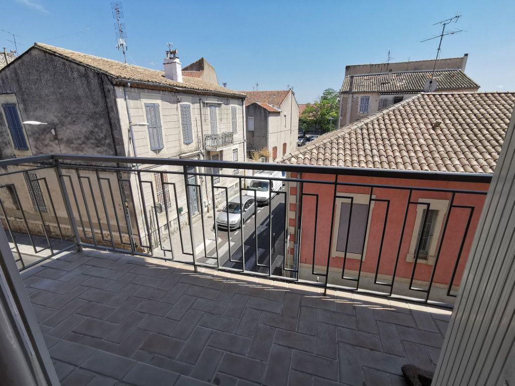 Appartement à vendre 3 80m2 à Nîmes vignette-1