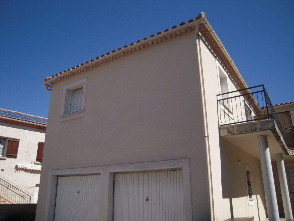 Appartement à louer 3 60m2 à Nîmes vignette-6