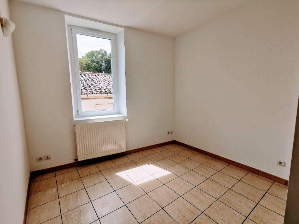 Appartement à vendre 1 37m2 à Nîmes vignette-3