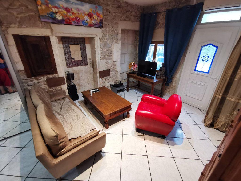 Appartement à vendre 3 57m2 à Nîmes vignette-3