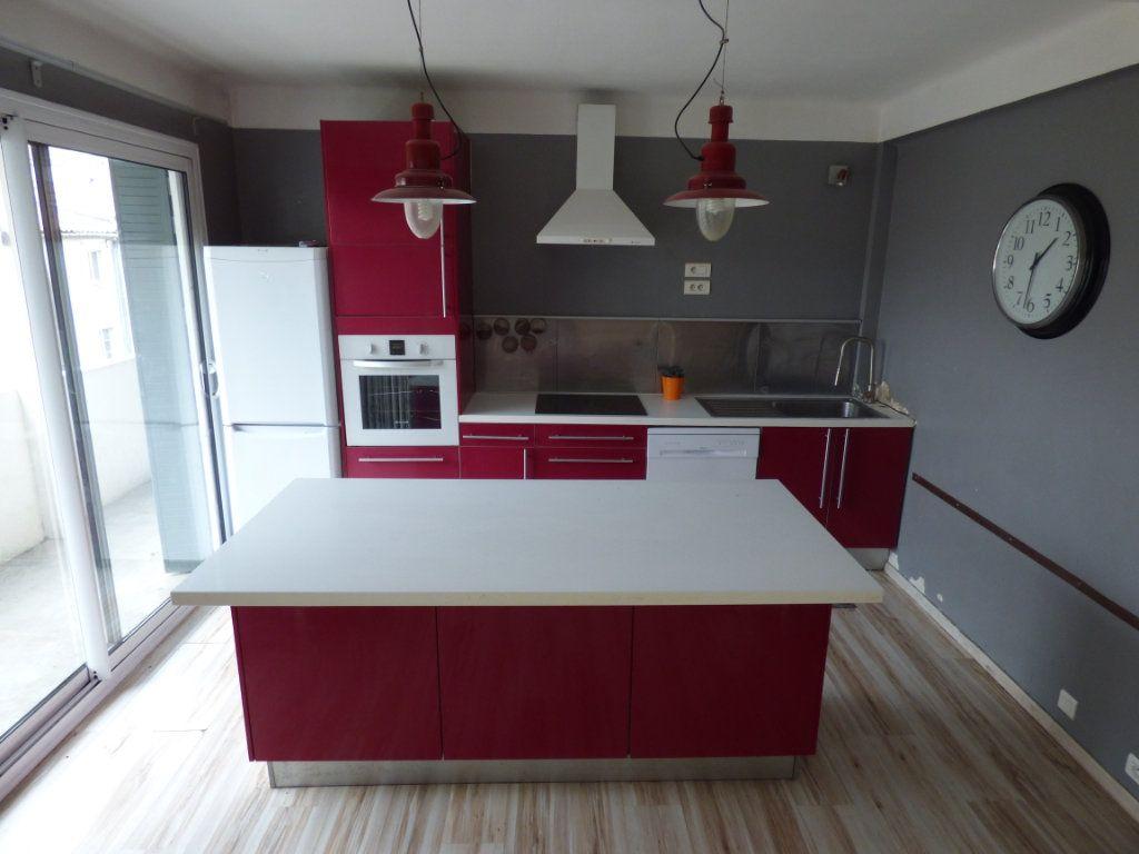 Appartement à vendre 5 85m2 à Nîmes vignette-9