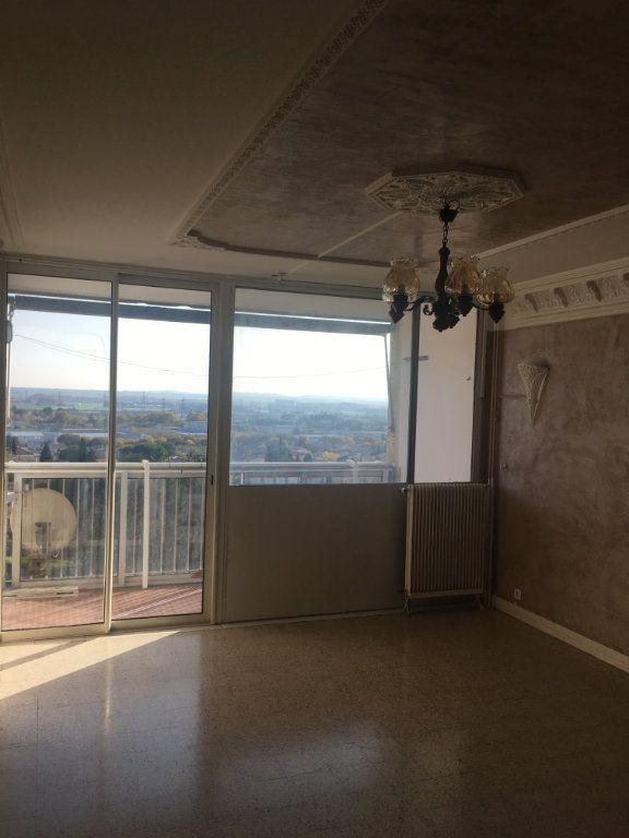 Appartement à vendre 3 66m2 à Nîmes vignette-1