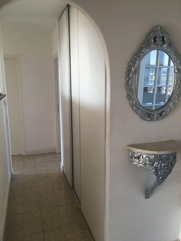 Appartement à vendre 3 66m2 à Nîmes vignette-3