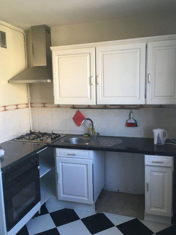 Appartement à vendre 3 66m2 à Nîmes vignette-4