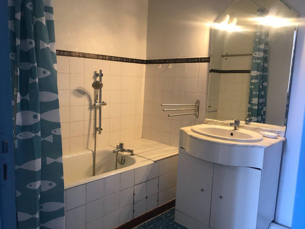 Appartement à louer 2 38.97m2 à Nîmes vignette-6