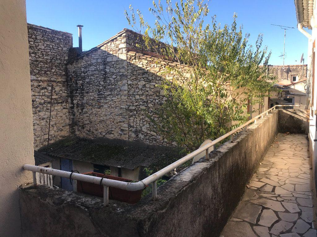 Appartement à louer 2 38.97m2 à Nîmes vignette-8