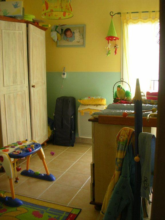 Maison à louer 5 90m2 à Jonquières-Saint-Vincent vignette-4