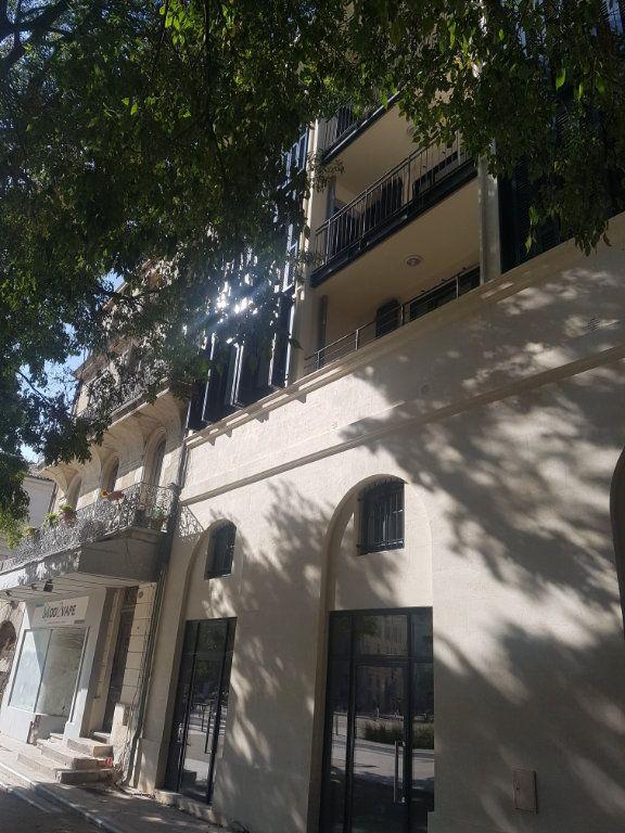 Appartement à louer 2 48.3m2 à Nîmes vignette-3