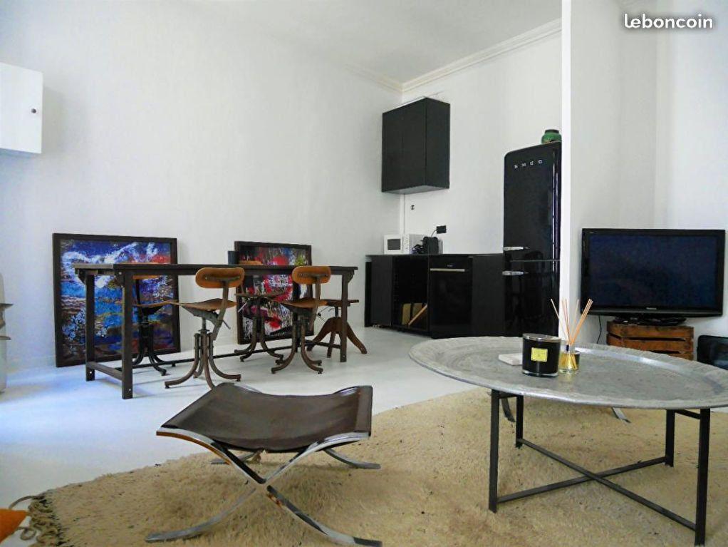 Appartement à louer 2 55m2 à Nîmes vignette-4