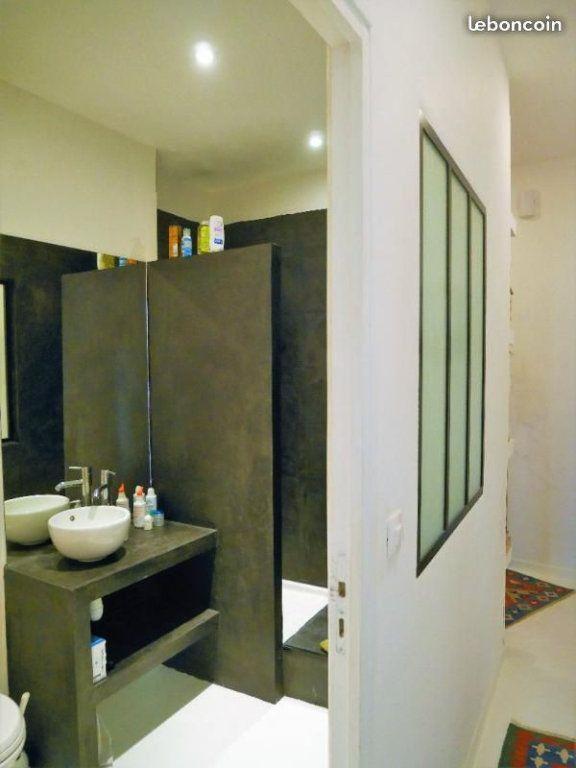 Appartement à louer 2 55m2 à Nîmes vignette-8