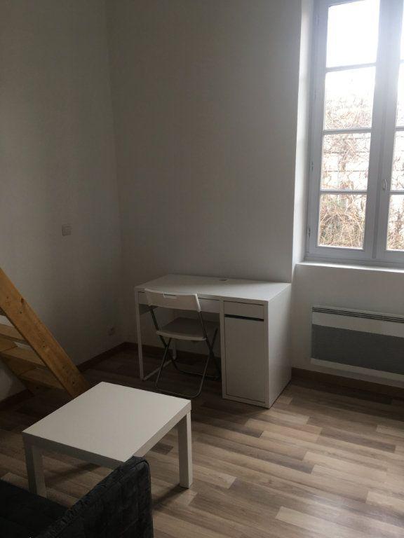 Appartement à louer 1 19.71m2 à Nîmes vignette-2