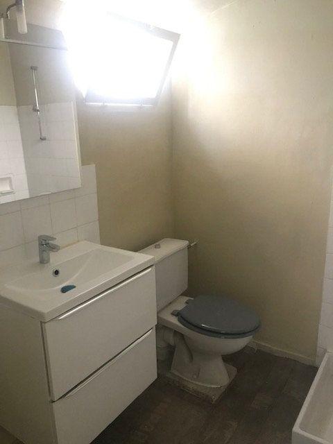 Appartement à louer 2 35m2 à Nîmes vignette-6