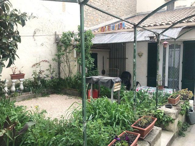 Appartement à louer 2 35m2 à Nîmes vignette-7