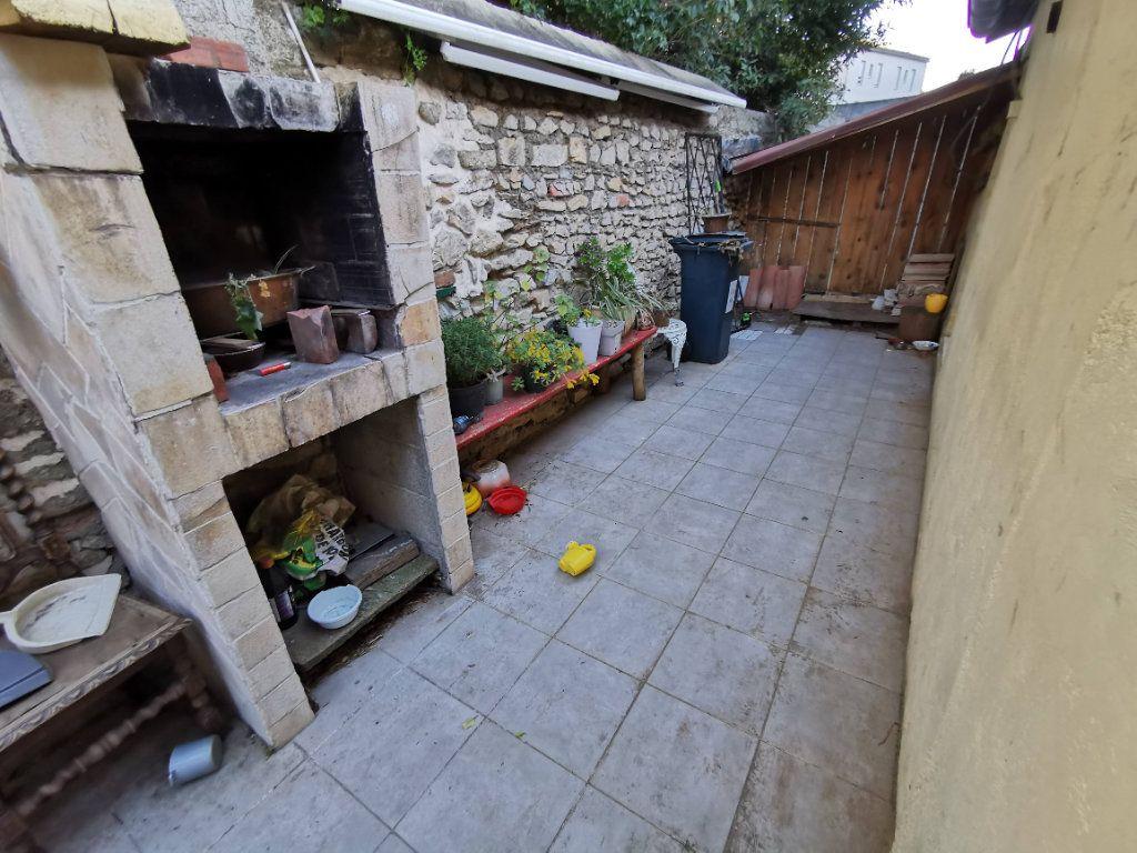 Maison à vendre 3 73m2 à Nîmes vignette-2