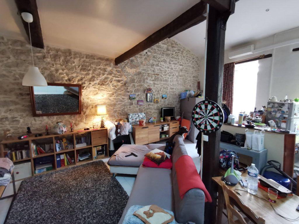 Appartement à vendre 2 79m2 à Nîmes vignette-2