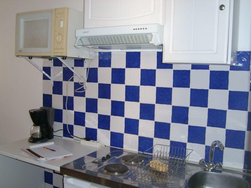 Appartement à louer 1 19m2 à Nîmes vignette-2