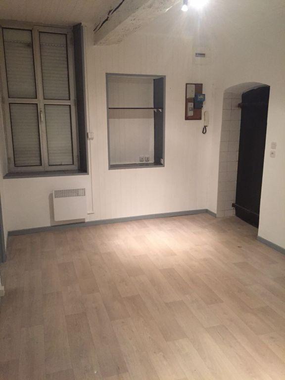Appartement à vendre 2 30m2 à Nîmes vignette-1