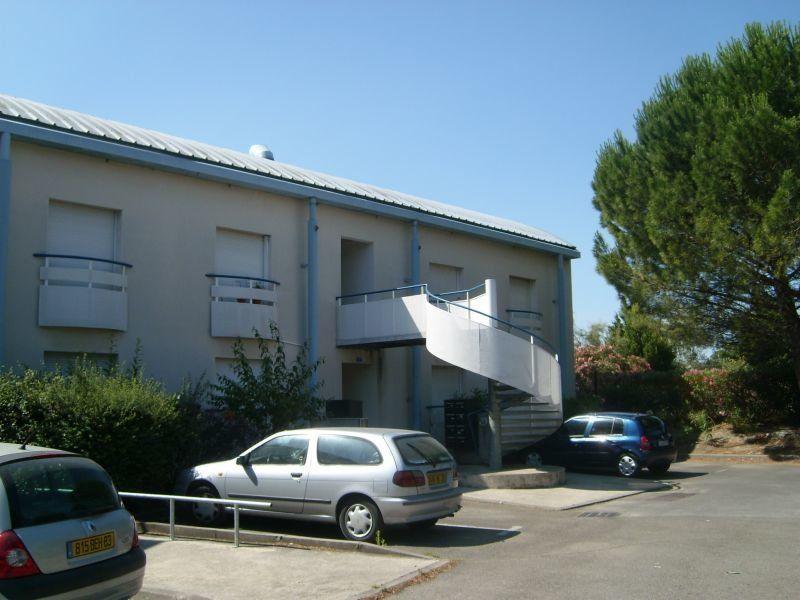 Appartement à louer 1 22.35m2 à Nîmes vignette-8
