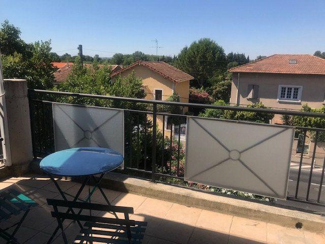 Appartement à louer 2 49m2 à Nîmes vignette-4
