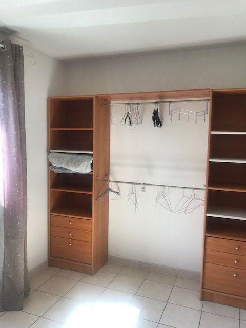 Appartement à louer 2 49m2 à Nîmes vignette-6