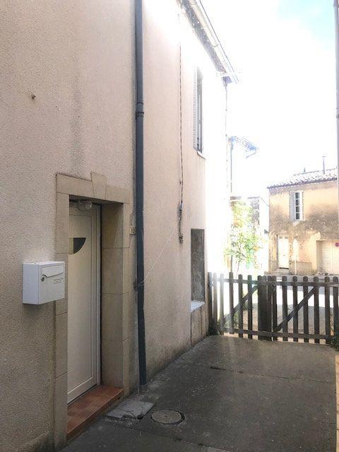 Maison à louer 3 63.6m2 à Congénies vignette-1