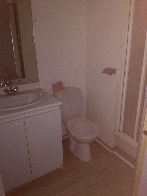 Appartement à louer 1 20.23m2 à Nîmes vignette-4