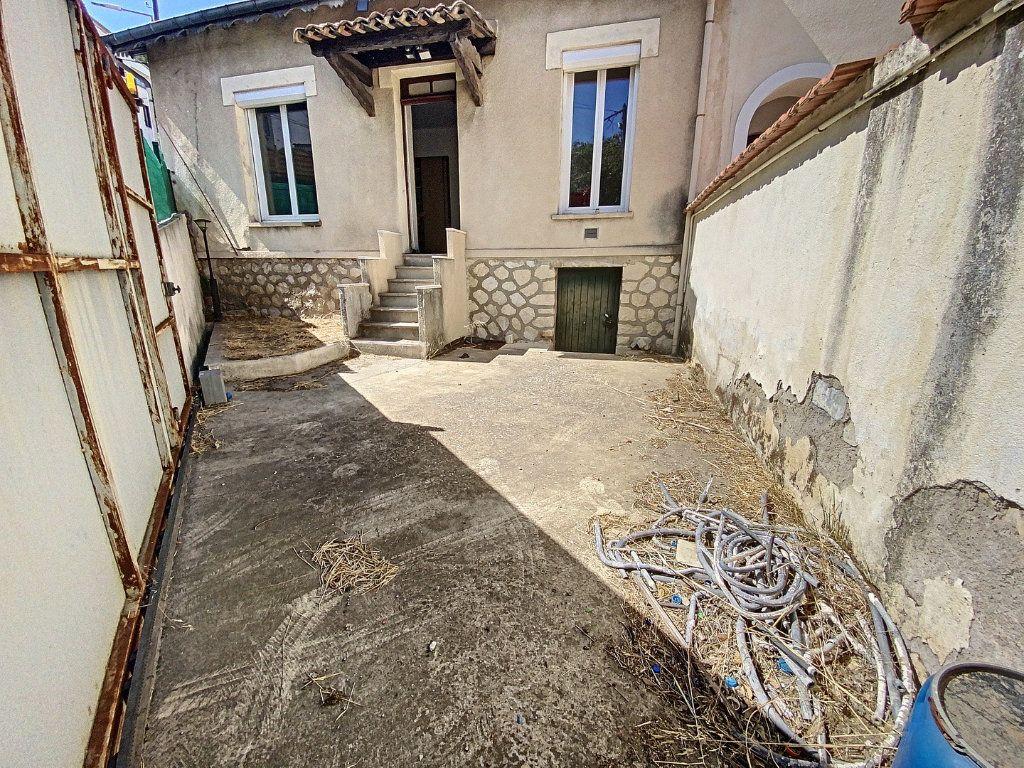 Maison à vendre 3 75m2 à Nîmes vignette-7