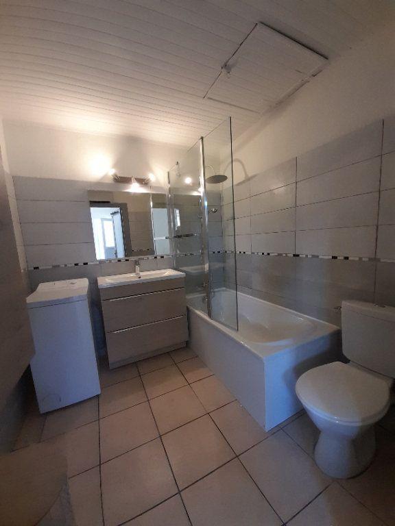Appartement à louer 2 39.9m2 à Nîmes vignette-5