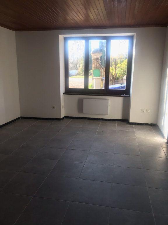 Appartement à louer 2 64.28m2 à Moussac vignette-2