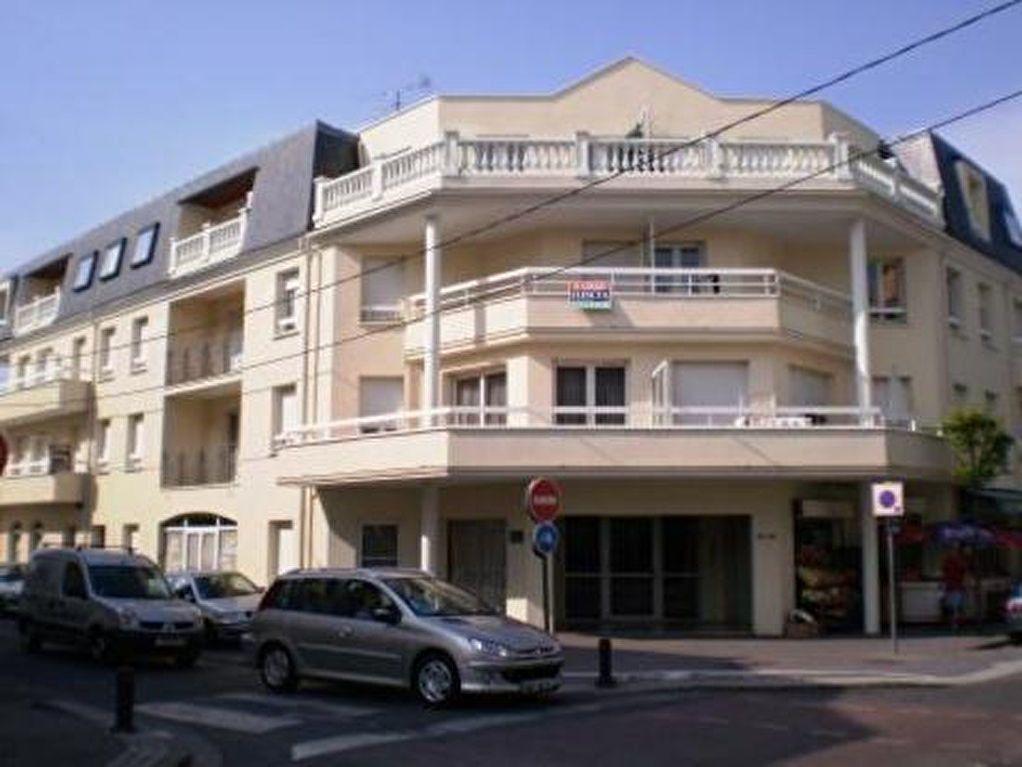 Appartement à louer 2 39.45m2 à Pontault-Combault vignette-1