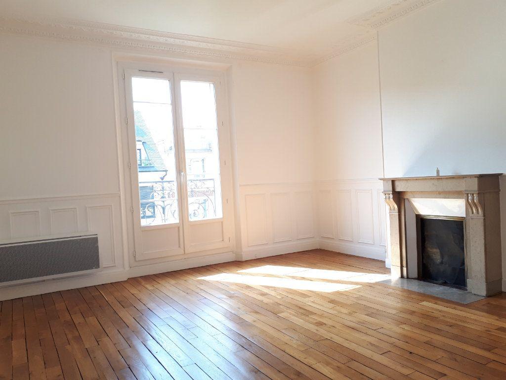 Appartement à louer 3 69.78m2 à Chelles vignette-4