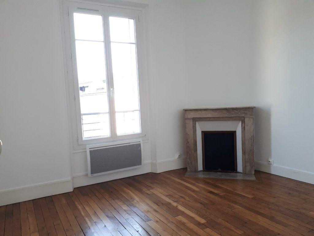 Appartement à louer 3 69.78m2 à Chelles vignette-6