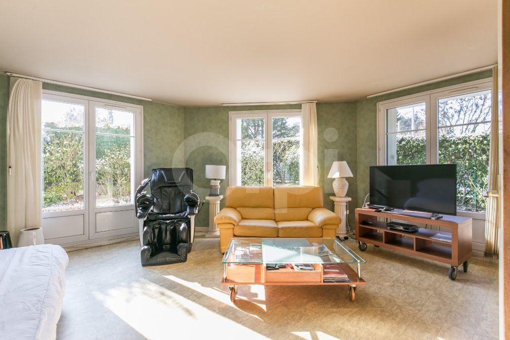 Appartement à vendre 4 86m2 à Lagny-sur-Marne vignette-1