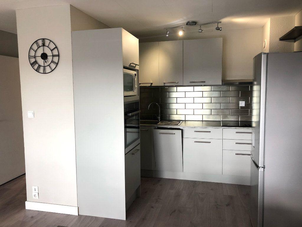 Appartement à louer 2 46.47m2 à Pontault-Combault vignette-5