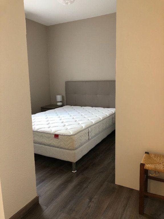 Appartement à louer 2 46.47m2 à Pontault-Combault vignette-8