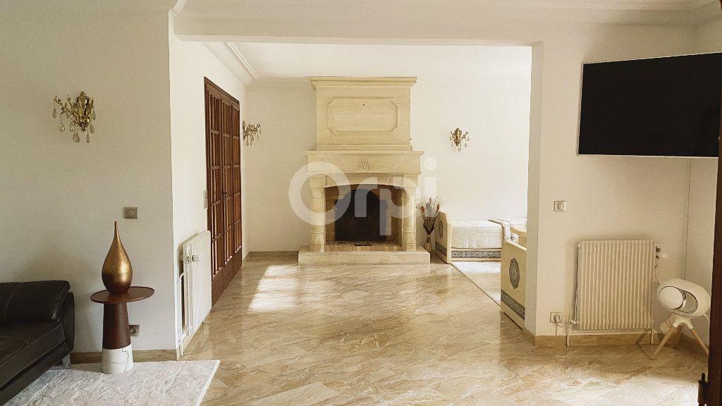 Maison à vendre 6 180m2 à Montmorency vignette-2