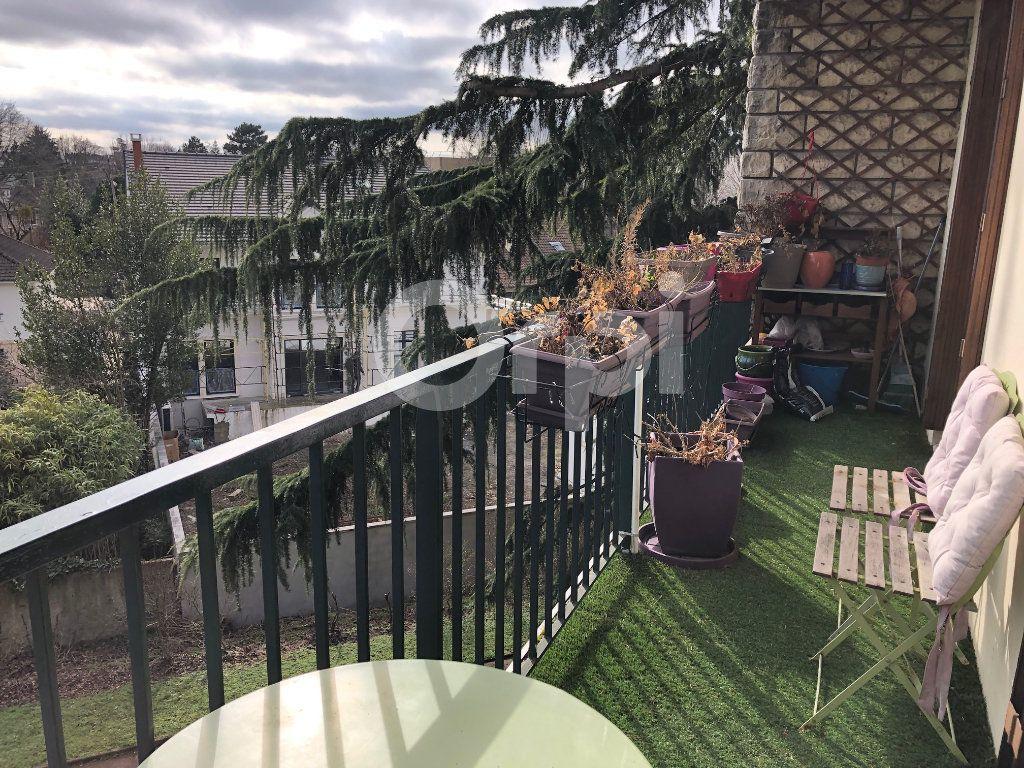 Appartement à vendre 4 82m2 à Soisy-sous-Montmorency vignette-1