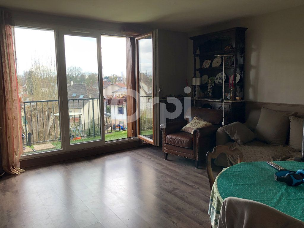 Appartement à vendre 4 82m2 à Soisy-sous-Montmorency vignette-2