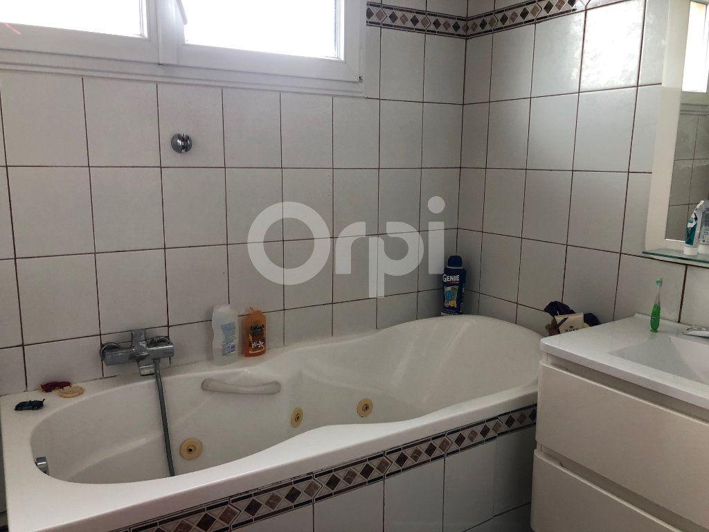 Appartement à vendre 4 82m2 à Soisy-sous-Montmorency vignette-5
